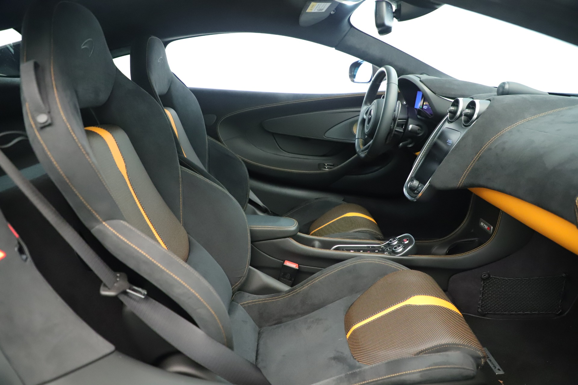 Used 2016 McLaren 570S Coupe For Sale In Greenwich, CT 3433_p17