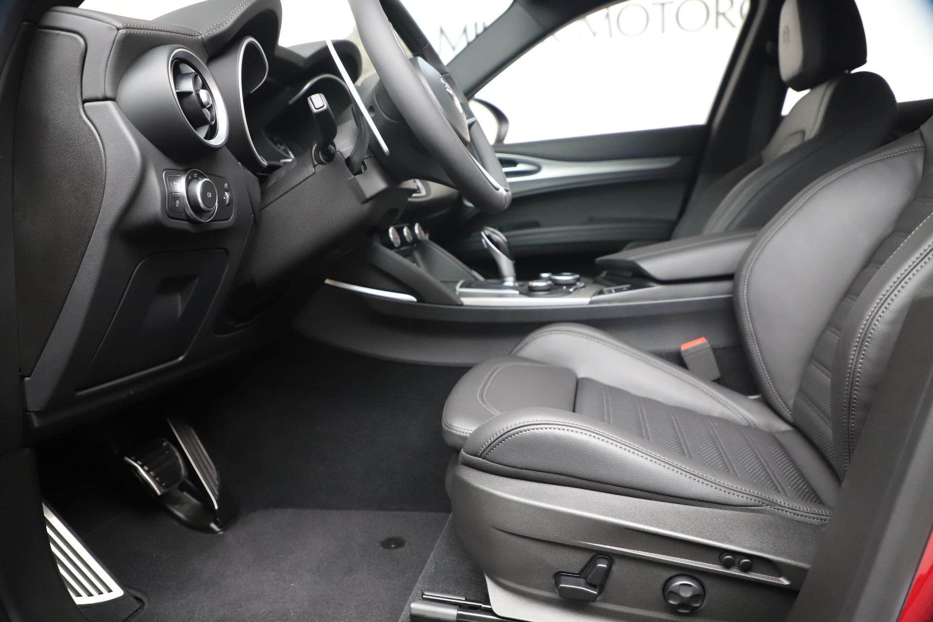 New 2019 Alfa Romeo Stelvio Ti Sport Q4 For Sale In Greenwich, CT 3437_p14