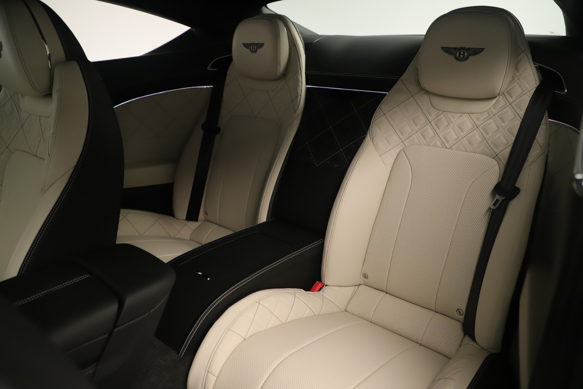 New 2020 Bentley Continental GT V8 First Edition For Sale In Greenwich, CT 3441_p25