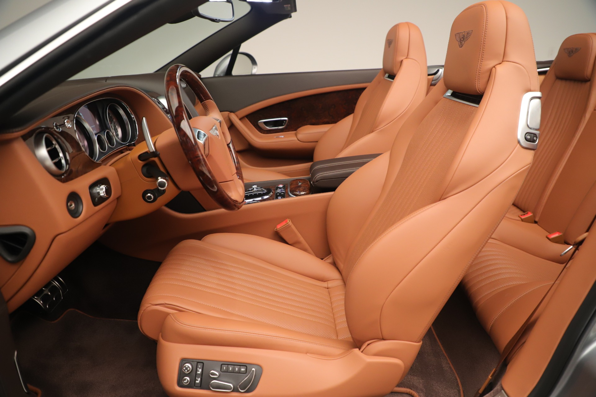 Used 2016 Bentley Continental GT V8 S For Sale In Greenwich, CT 3442_p24