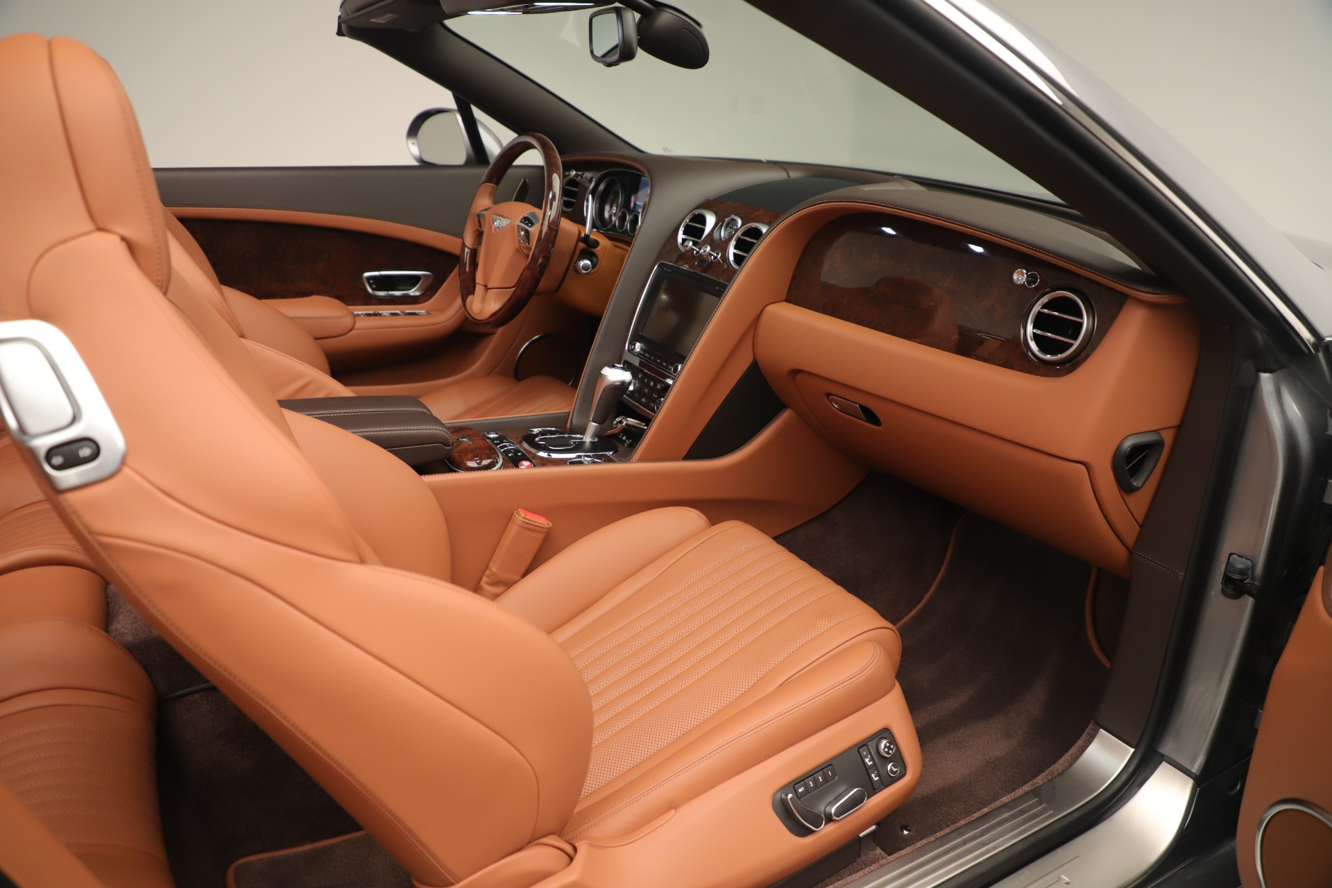 Used 2016 Bentley Continental GT V8 S For Sale In Greenwich, CT 3442_p27