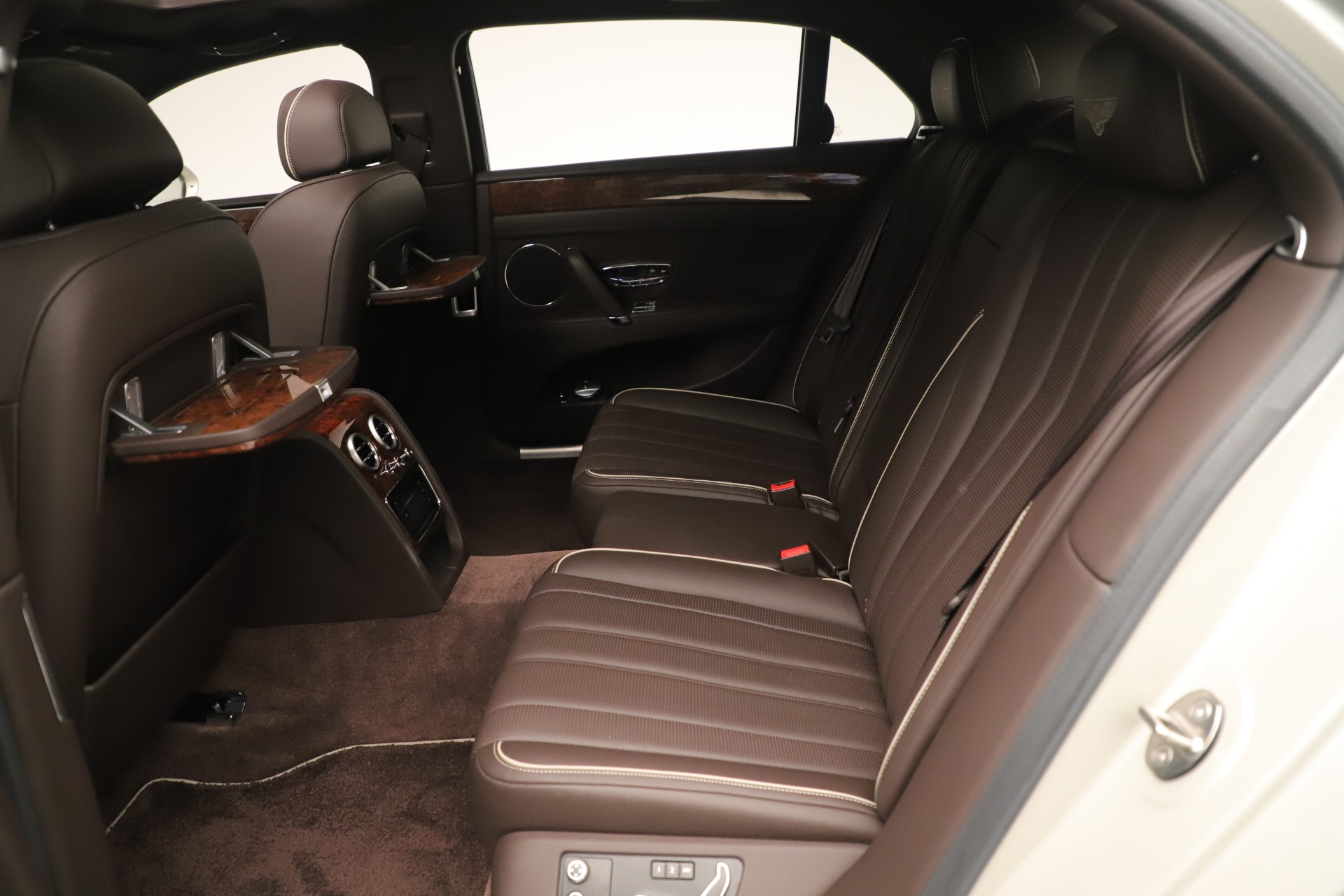 Used 2015 Bentley Flying Spur V8 For Sale In Greenwich, CT 3444_p21