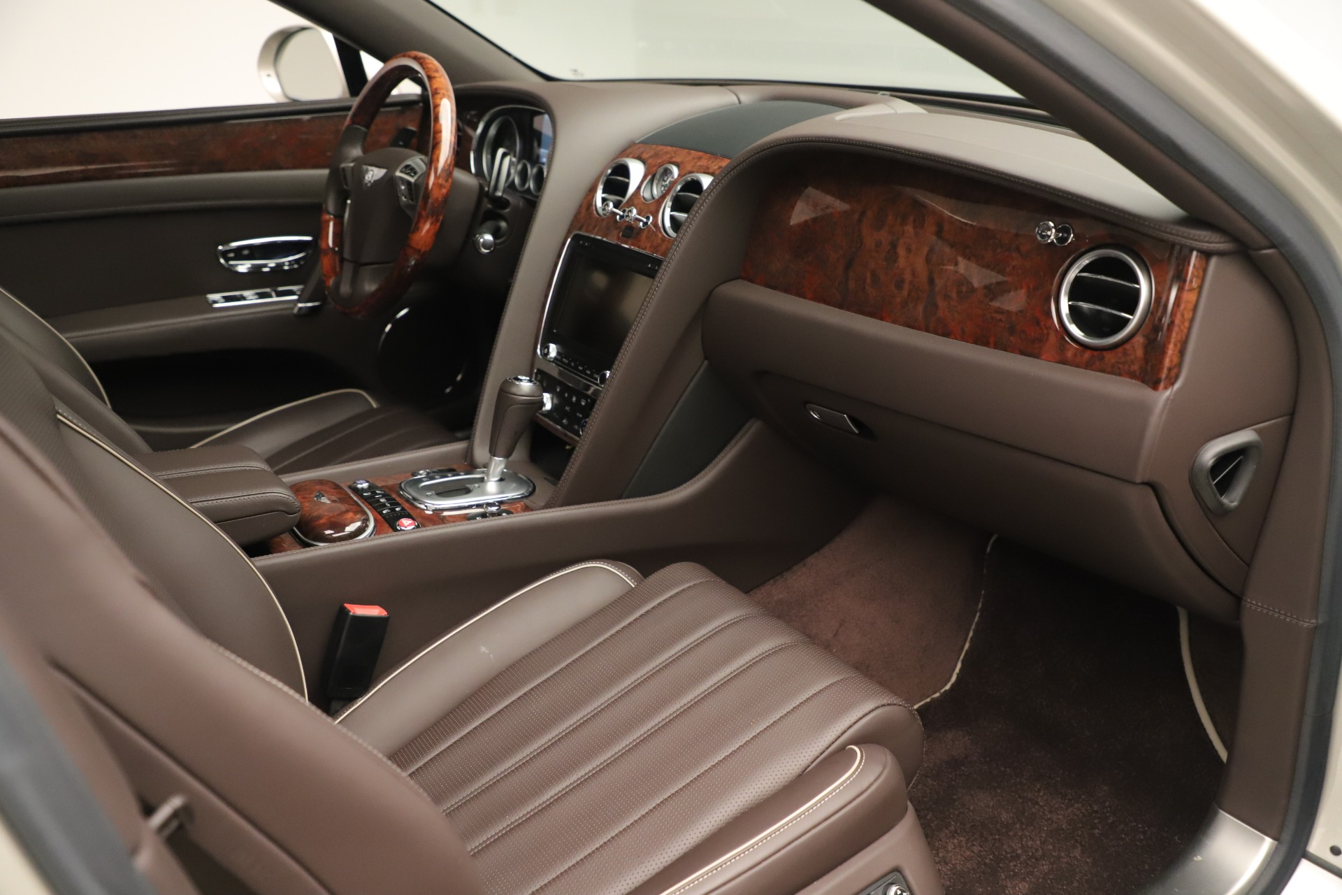 Used 2015 Bentley Flying Spur V8 For Sale In Greenwich, CT 3444_p24
