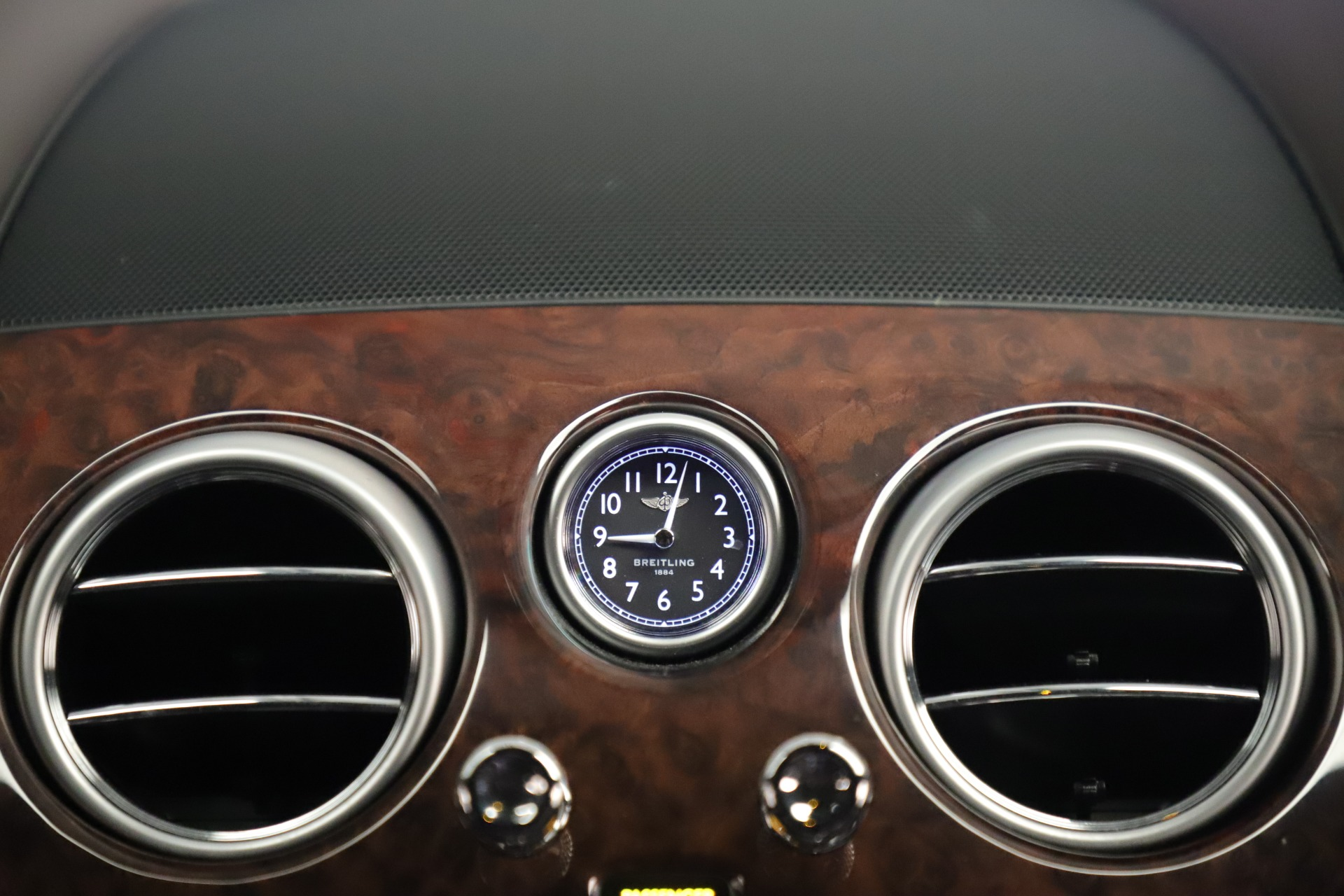 Used 2015 Bentley Flying Spur V8 For Sale In Greenwich, CT 3444_p27