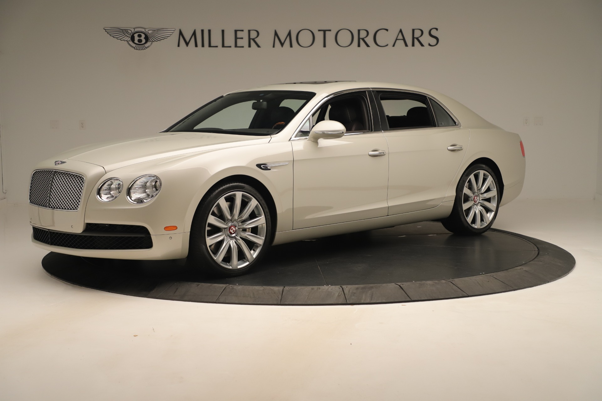Used 2015 Bentley Flying Spur V8 For Sale In Greenwich, CT 3444_p2