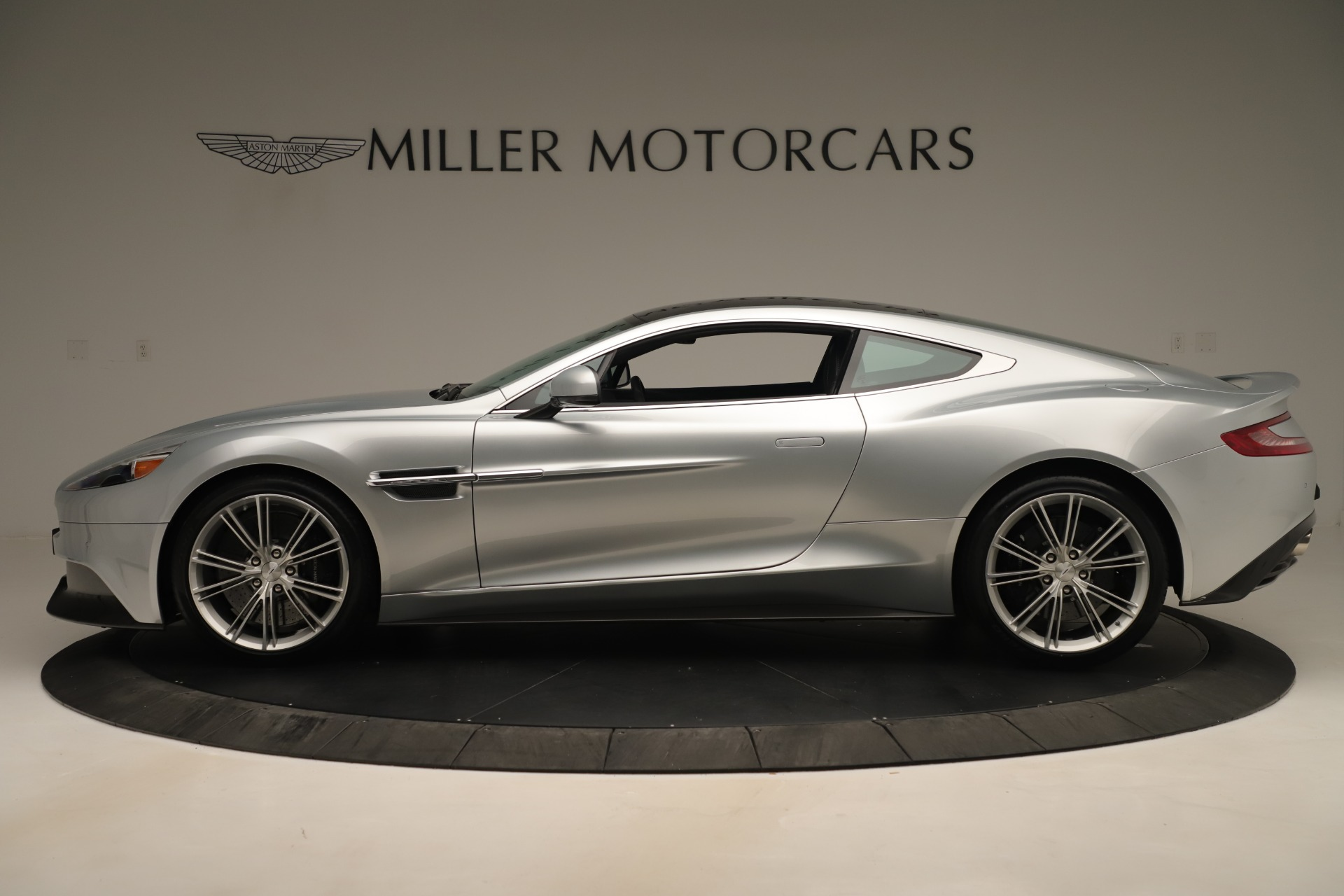Used 2014 Aston Martin Vanquish Coupe For Sale In Greenwich, CT 3445_p2