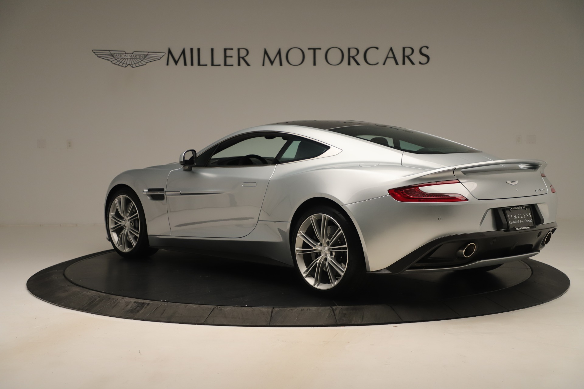 Used 2014 Aston Martin Vanquish Coupe For Sale In Greenwich, CT 3445_p3