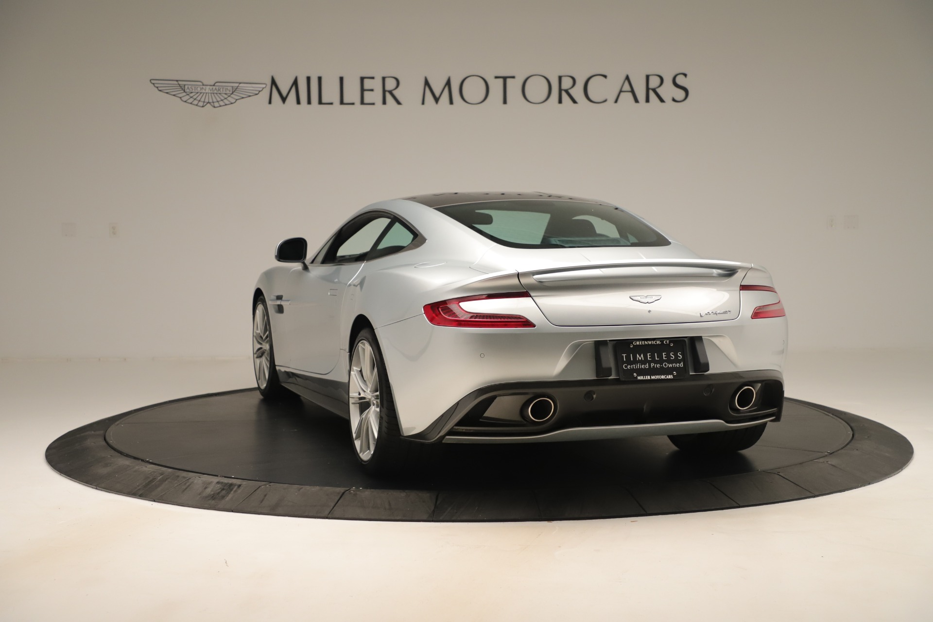 Used 2014 Aston Martin Vanquish Coupe For Sale In Greenwich, CT 3445_p4