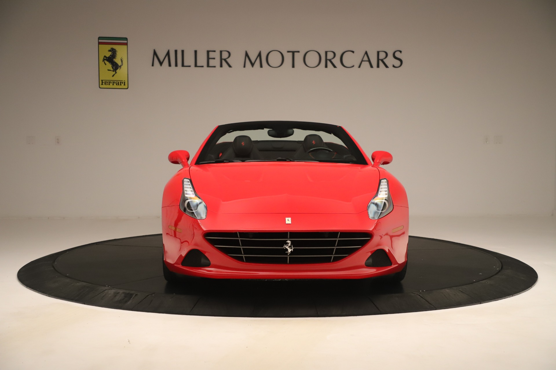 Used 2016 Ferrari California T  For Sale In Greenwich, CT 3446_p12