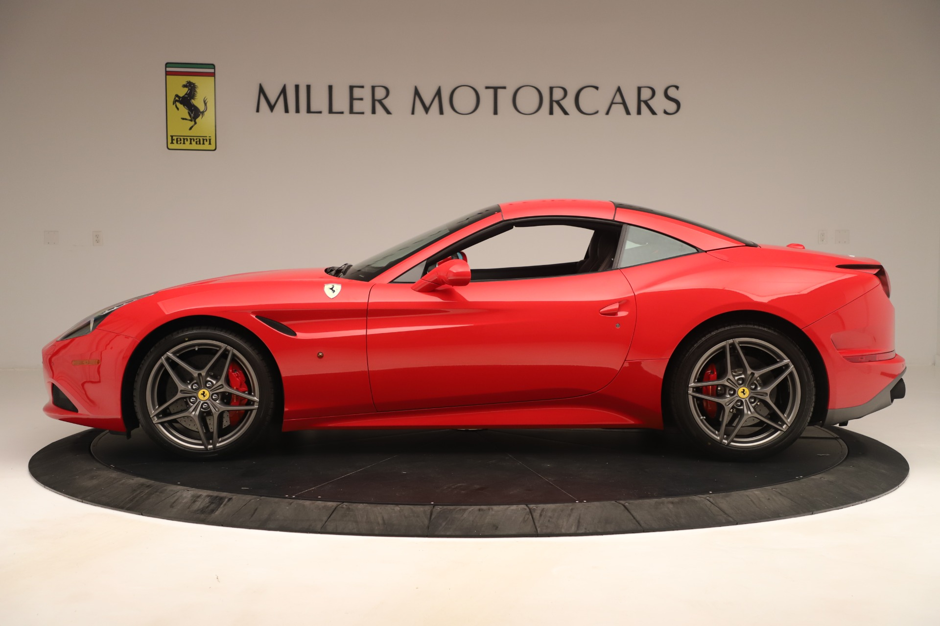 Used 2016 Ferrari California T  For Sale In Greenwich, CT 3446_p14