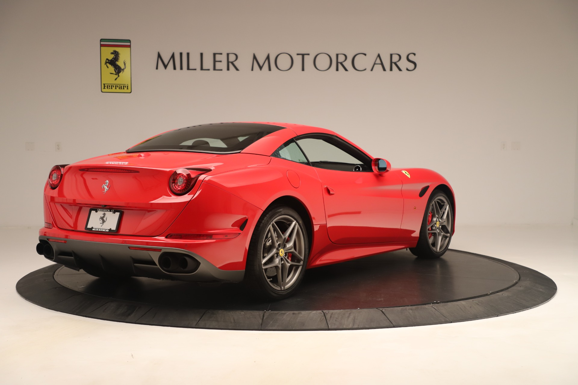 Used 2016 Ferrari California T  For Sale In Greenwich, CT 3446_p16