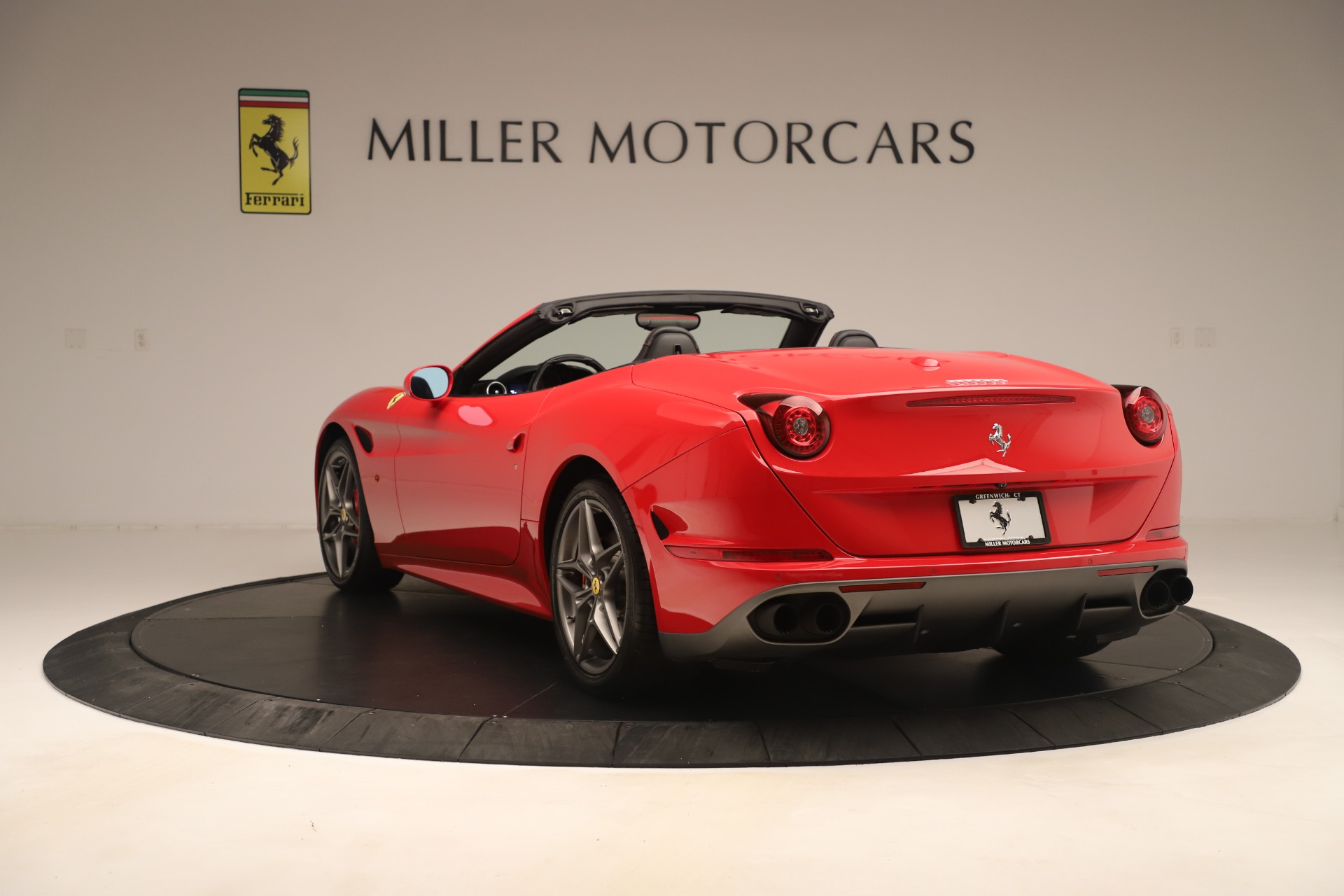 Used 2016 Ferrari California T  For Sale In Greenwich, CT 3446_p5