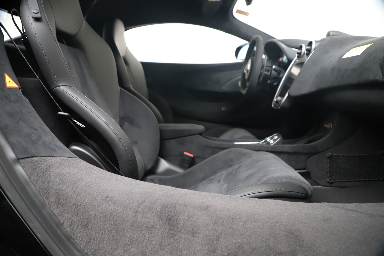 New 2019 McLaren 600LT Coupe For Sale In Greenwich, CT 3453_p25