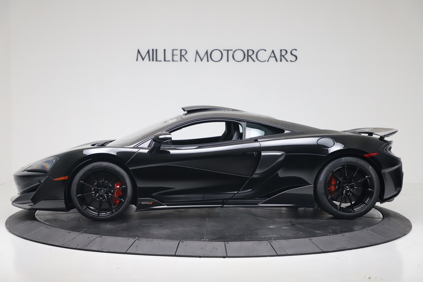 New 2019 McLaren 600LT Coupe For Sale In Greenwich, CT 3453_p2