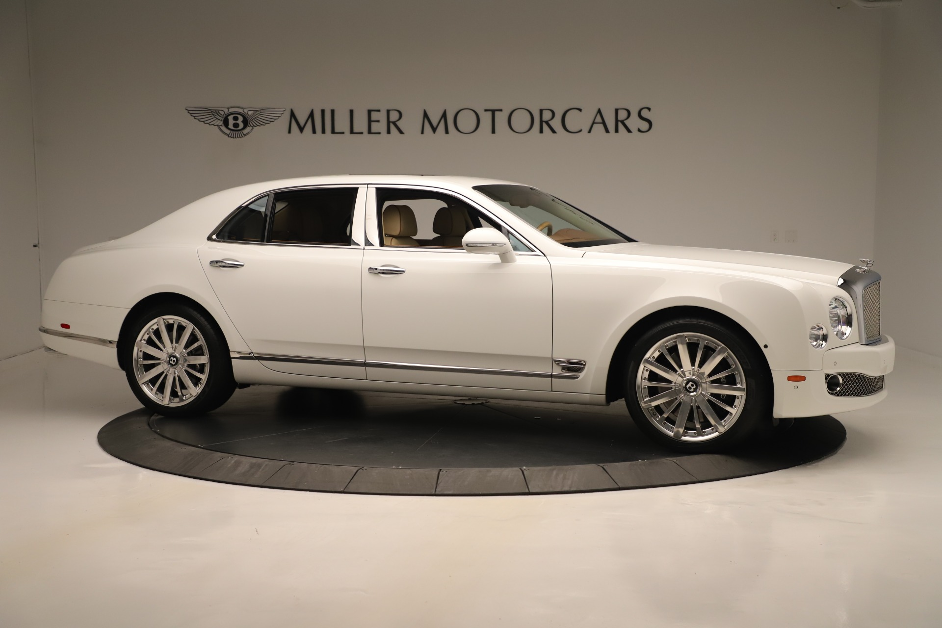 Used 2016 Bentley Mulsanne  For Sale In Greenwich, CT 3461_p10