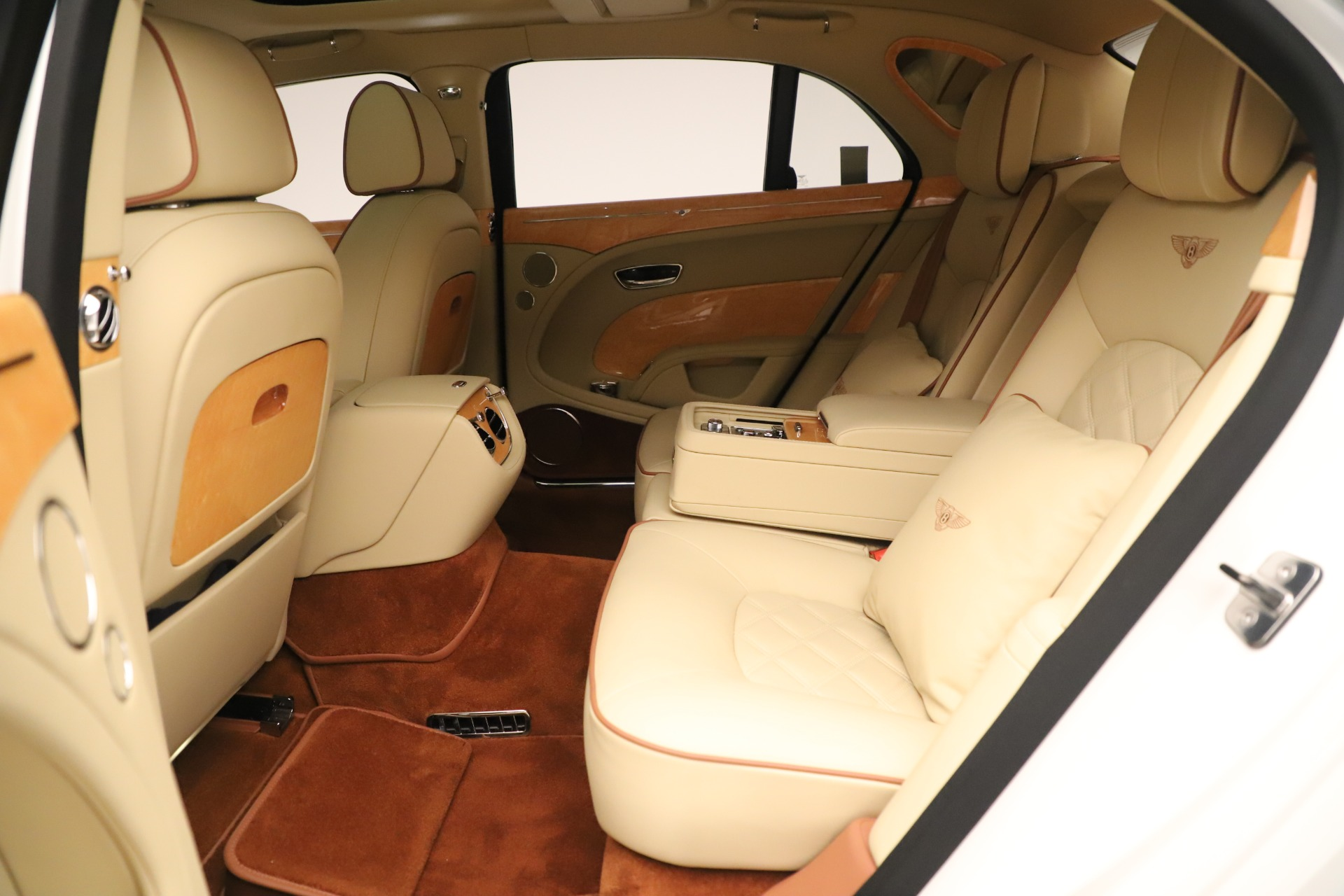Used 2016 Bentley Mulsanne  For Sale In Greenwich, CT 3461_p22