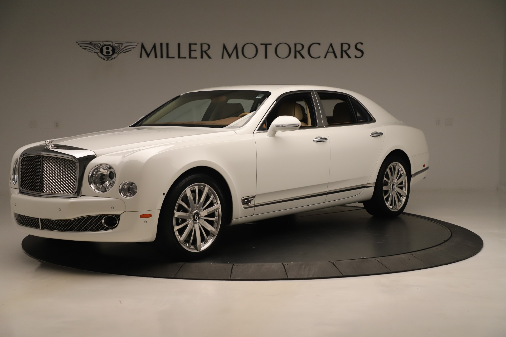 Used 2016 Bentley Mulsanne  For Sale In Greenwich, CT 3461_p2
