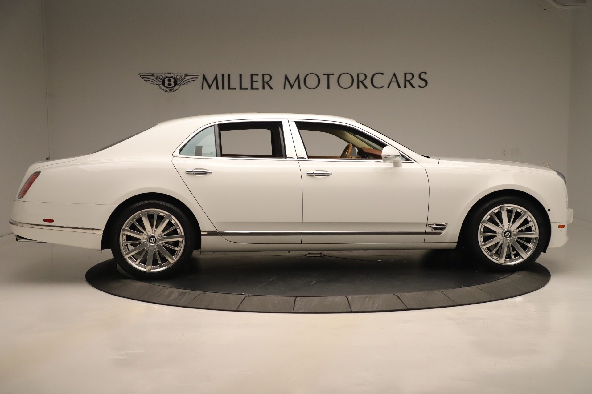 Used 2016 Bentley Mulsanne  For Sale In Greenwich, CT 3461_p9