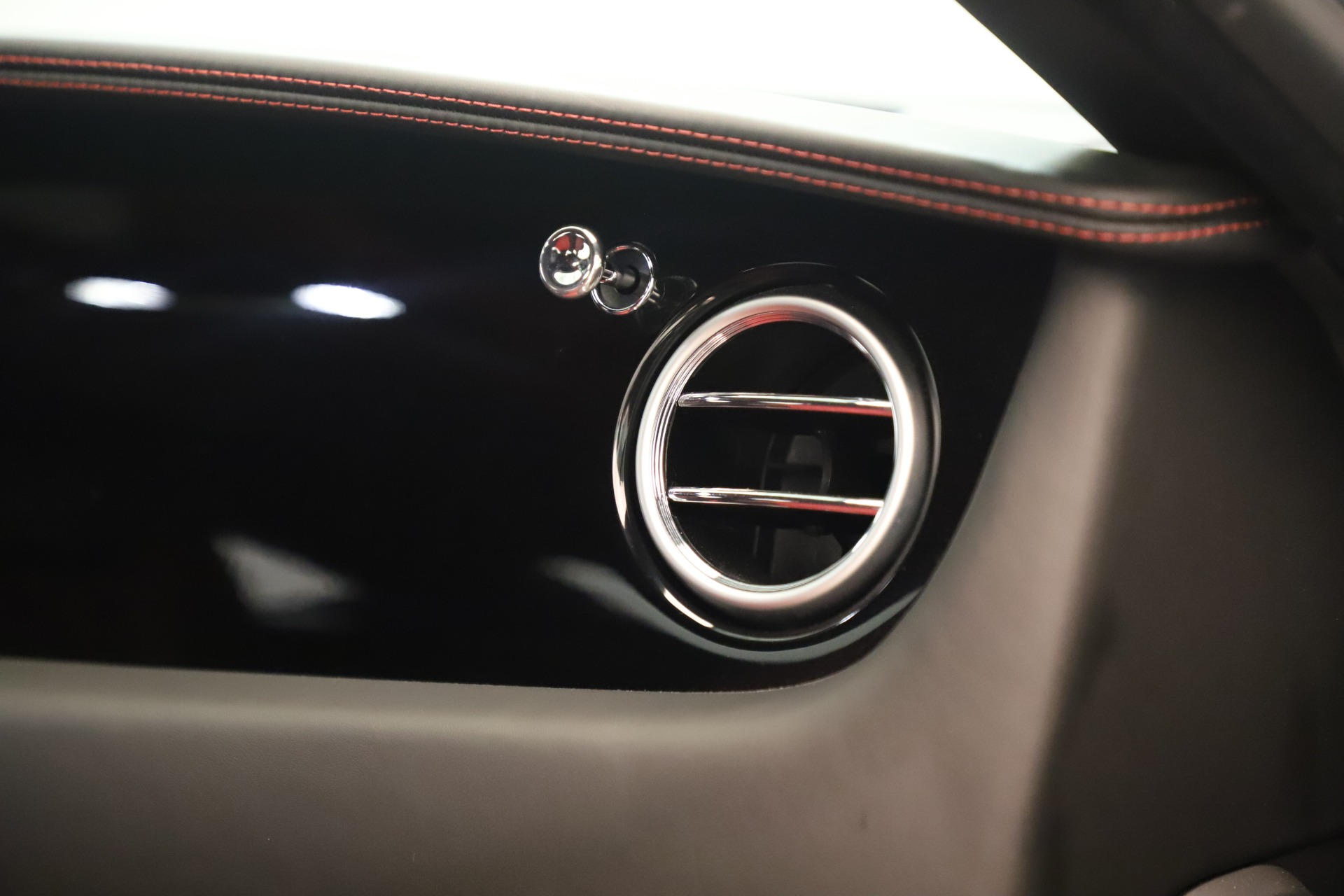 Used 2016 Bentley Continental GT V8 S For Sale In Greenwich, CT 3462_p32
