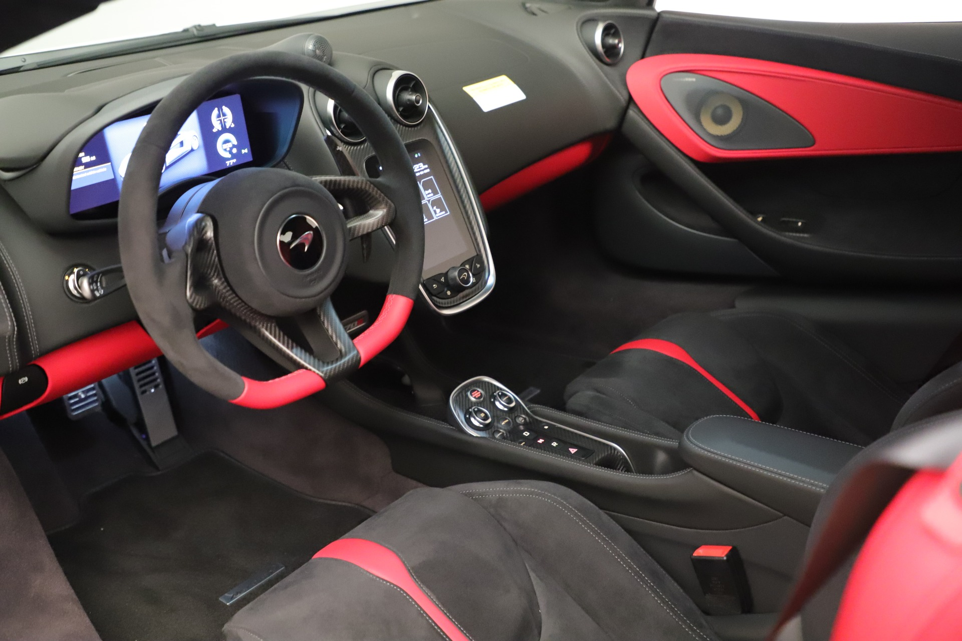 New 2020 McLaren 570S Coupe For Sale In Greenwich, CT 3463_p16