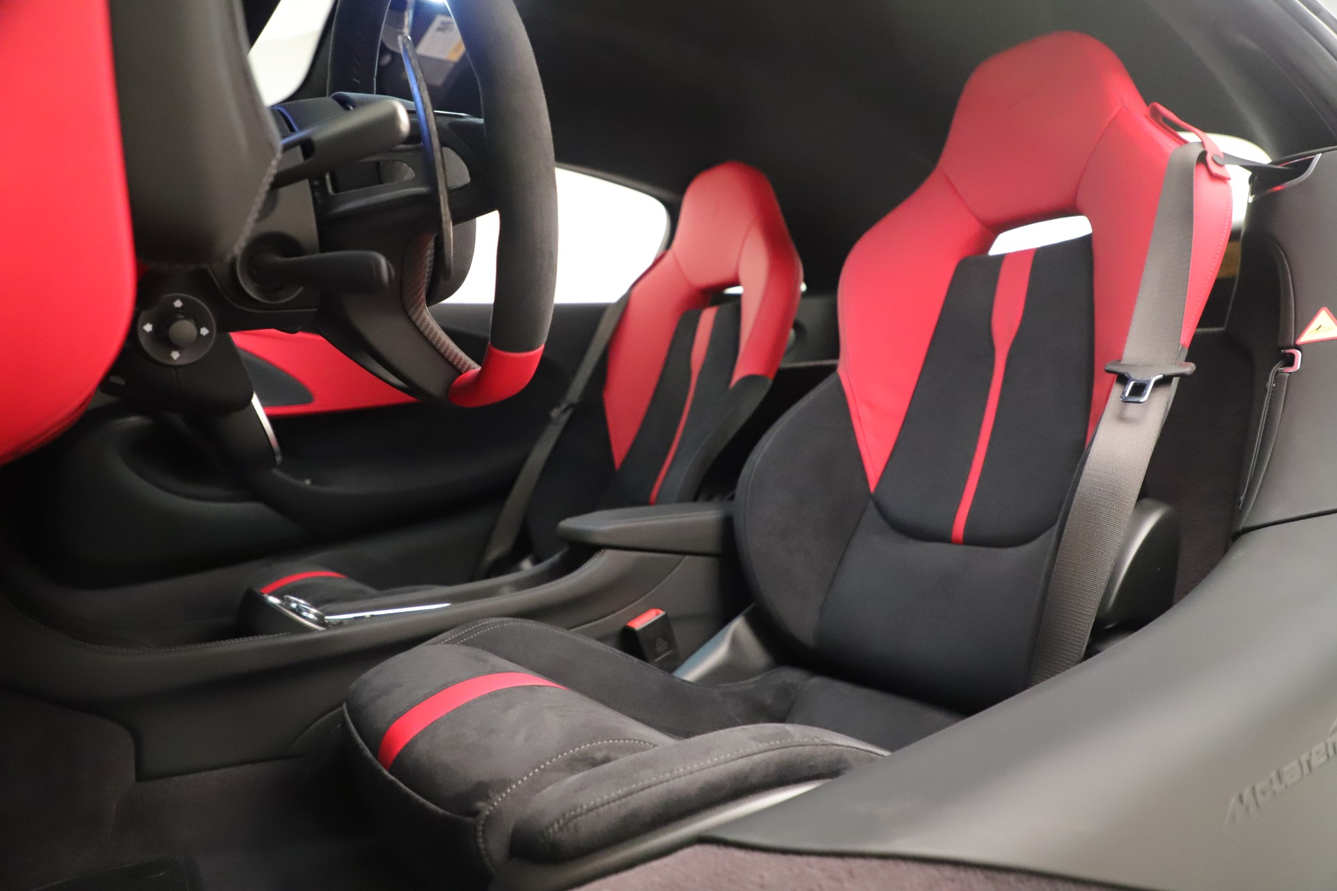 New 2020 McLaren 570S Coupe For Sale In Greenwich, CT 3463_p18