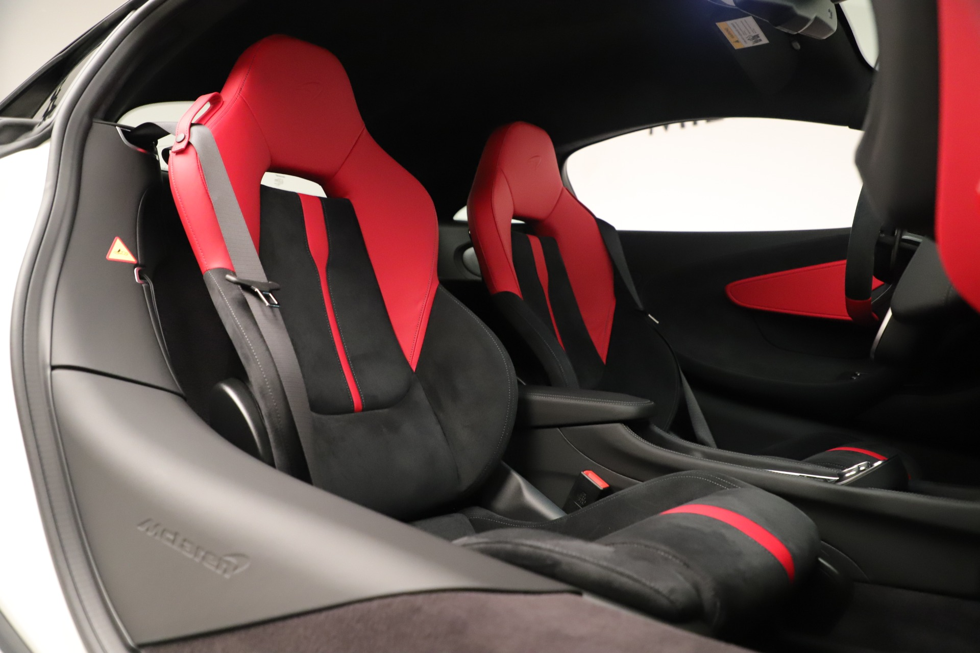 New 2020 McLaren 570S Coupe For Sale In Greenwich, CT 3463_p21