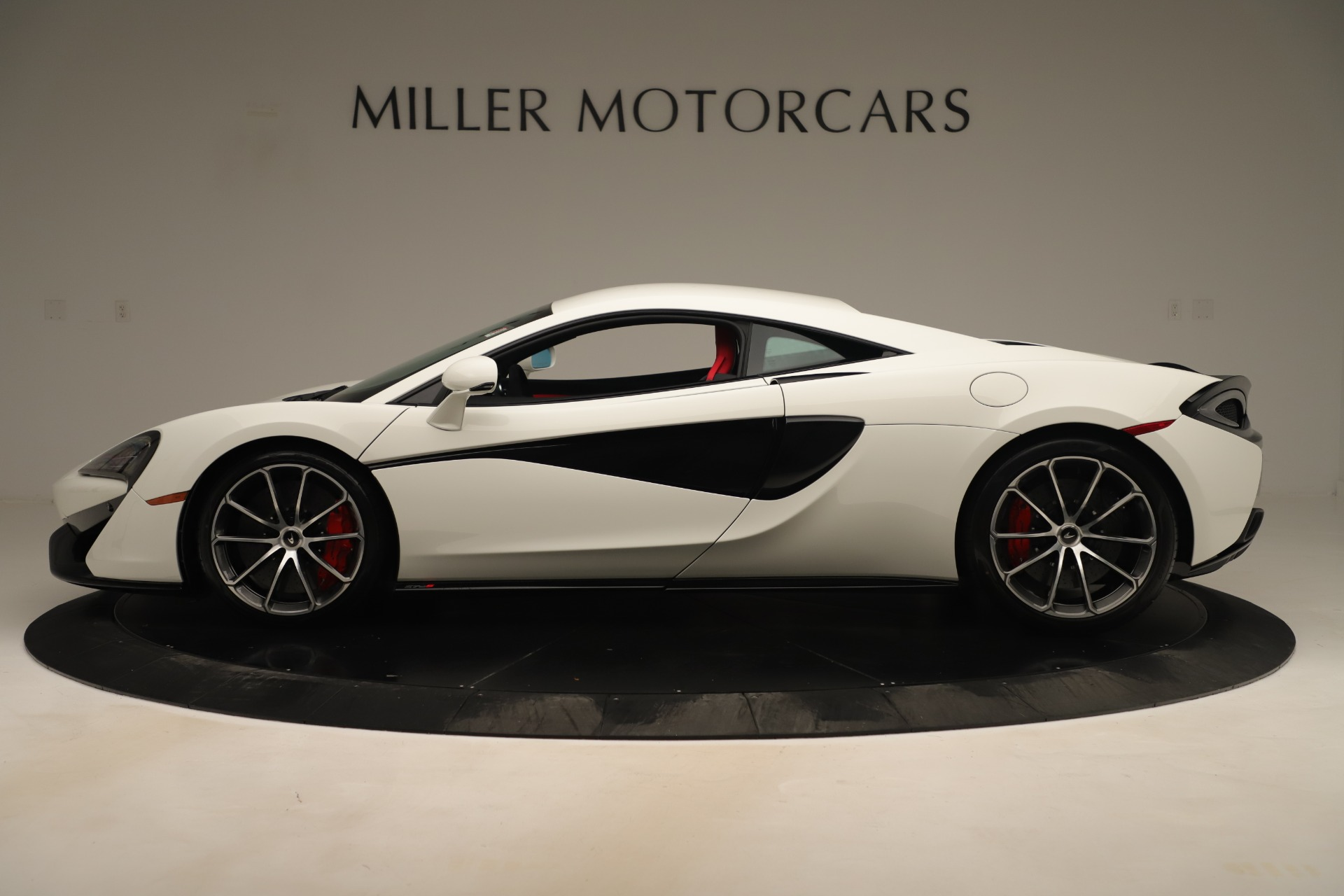 New 2020 McLaren 570S Coupe For Sale In Greenwich, CT 3463_p2