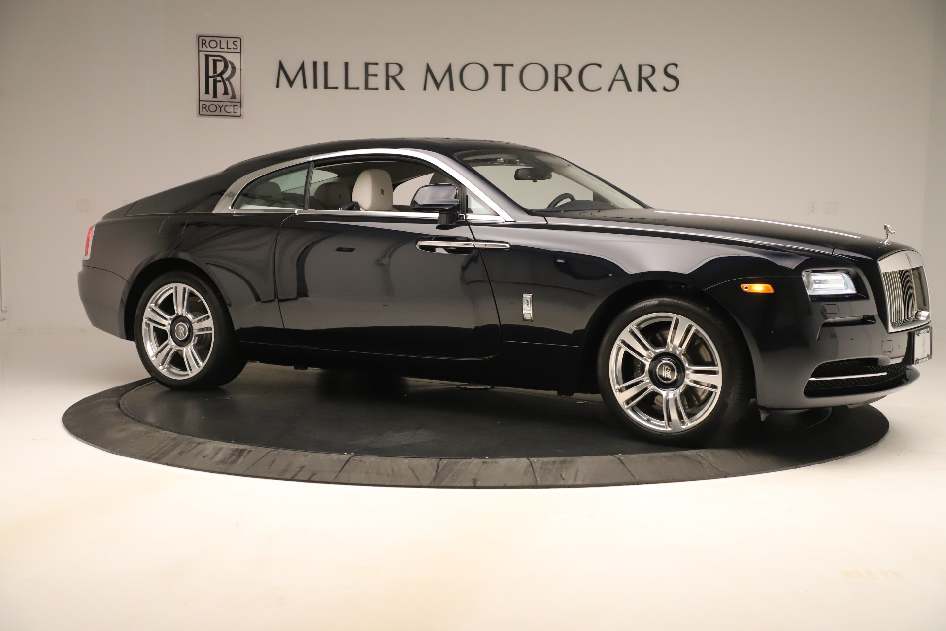 Used 2015 Rolls-Royce Wraith  For Sale In Greenwich, CT 3473_p11