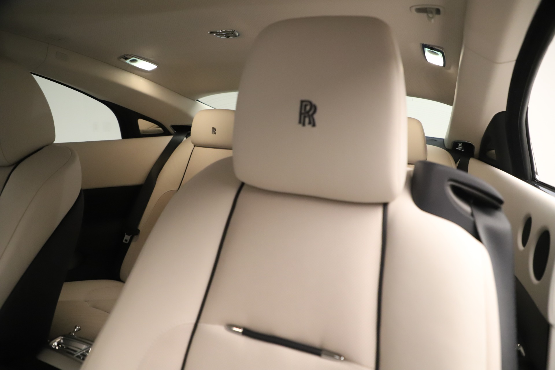 Used 2015 Rolls-Royce Wraith  For Sale In Greenwich, CT 3473_p26