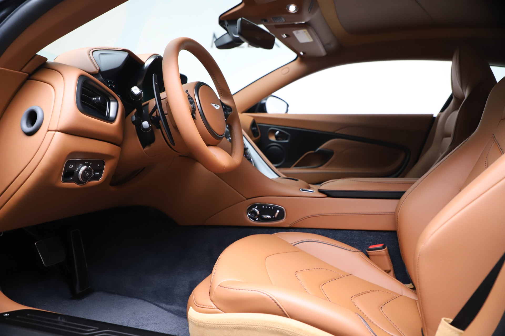 New 2020 Aston Martin DBS Superleggera For Sale In Greenwich, CT 3479_p14
