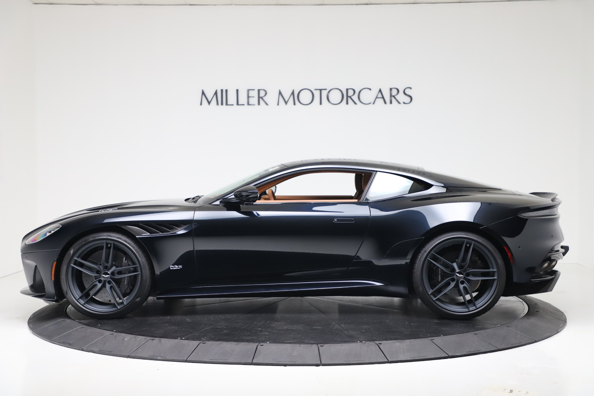 New 2020 Aston Martin DBS Superleggera For Sale In Greenwich, CT 3479_p3