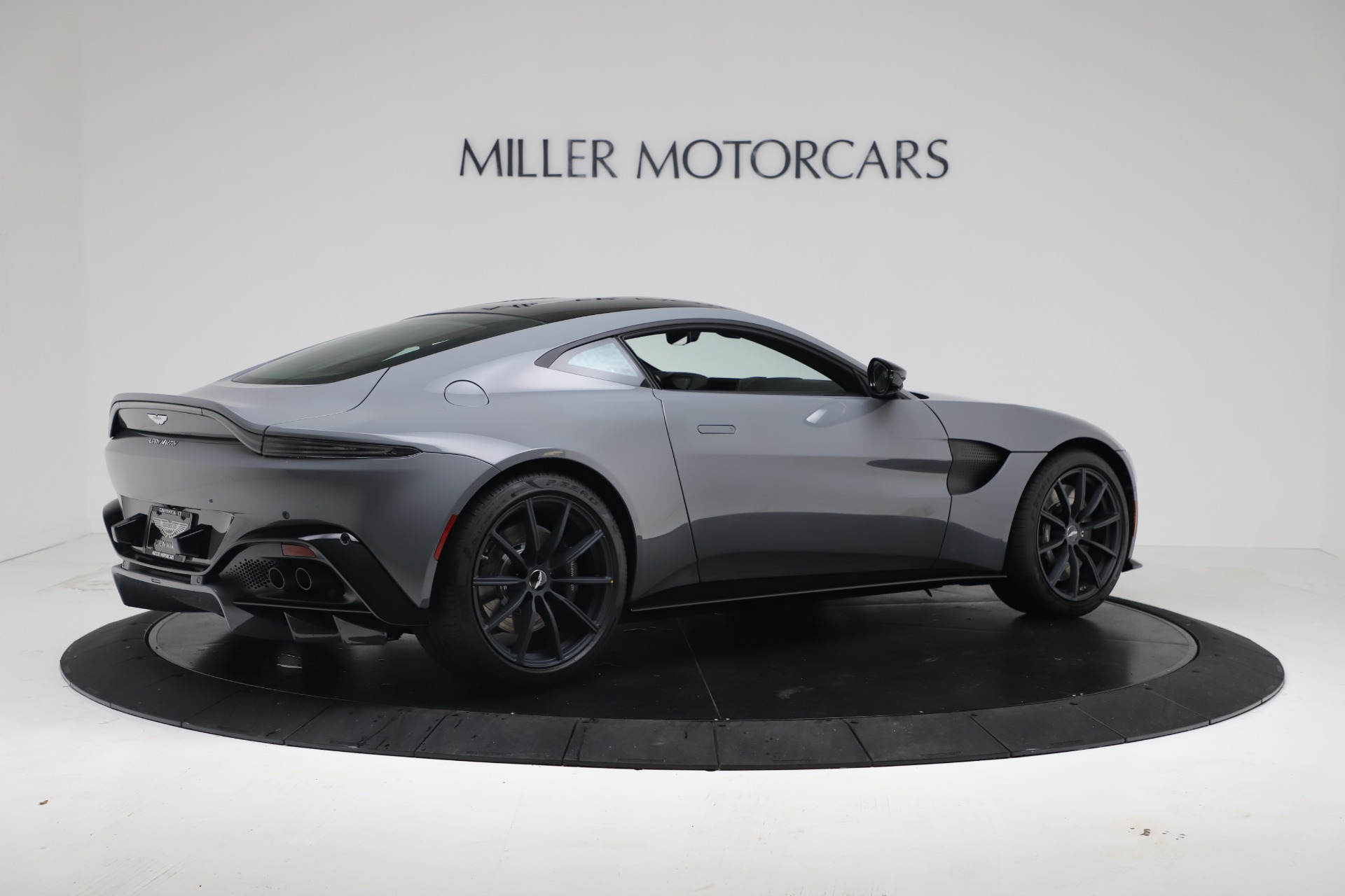 New 2020 Aston Martin Vantage V8 For Sale In Greenwich, CT 3482_p14