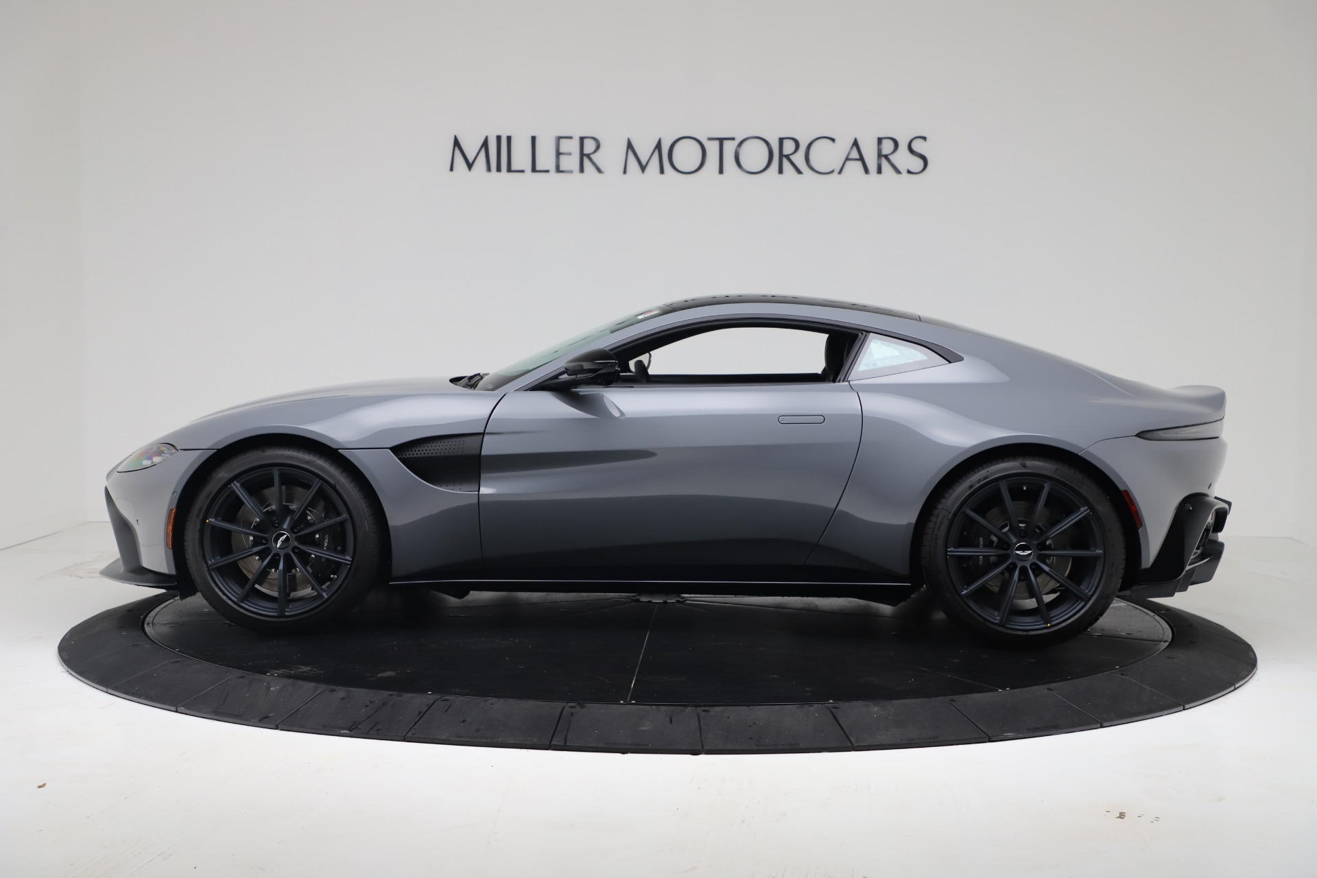 New 2020 Aston Martin Vantage V8 For Sale In Greenwich, CT 3482_p23