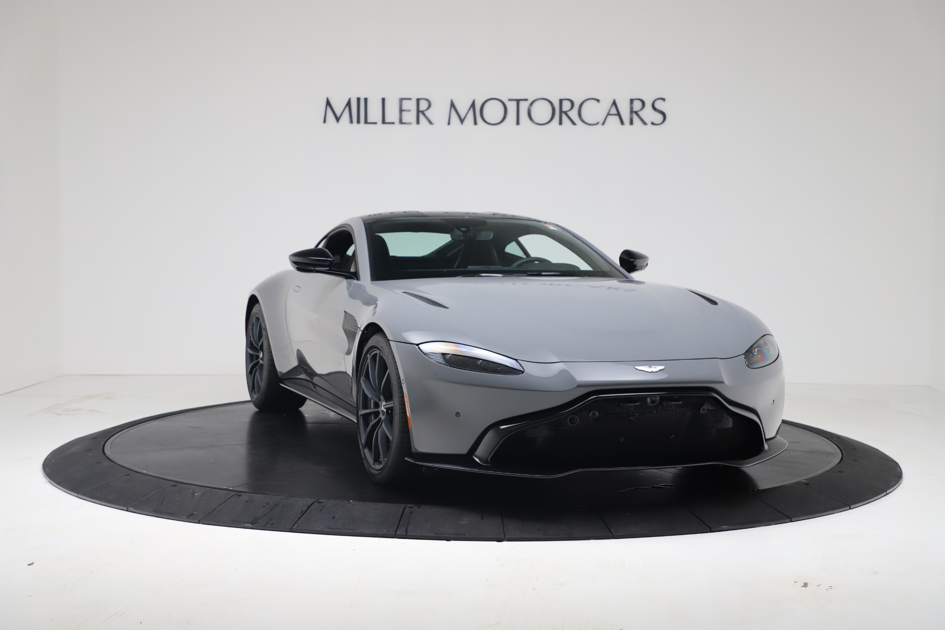 New 2020 Aston Martin Vantage V8 For Sale In Greenwich, CT 3482_p7