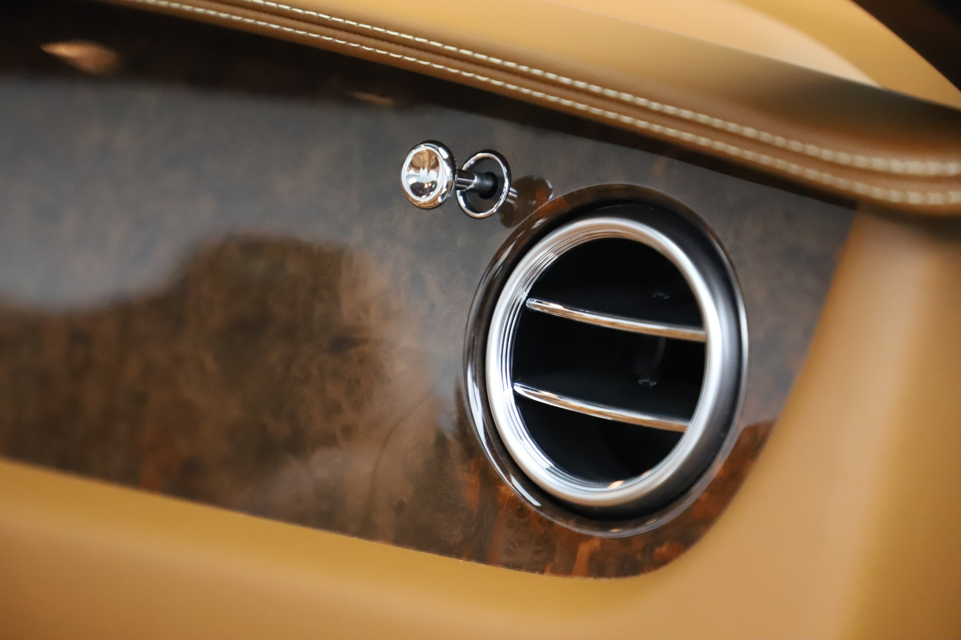Used 2013 Bentley Continental GT W12 For Sale In Greenwich, CT 3505_p34