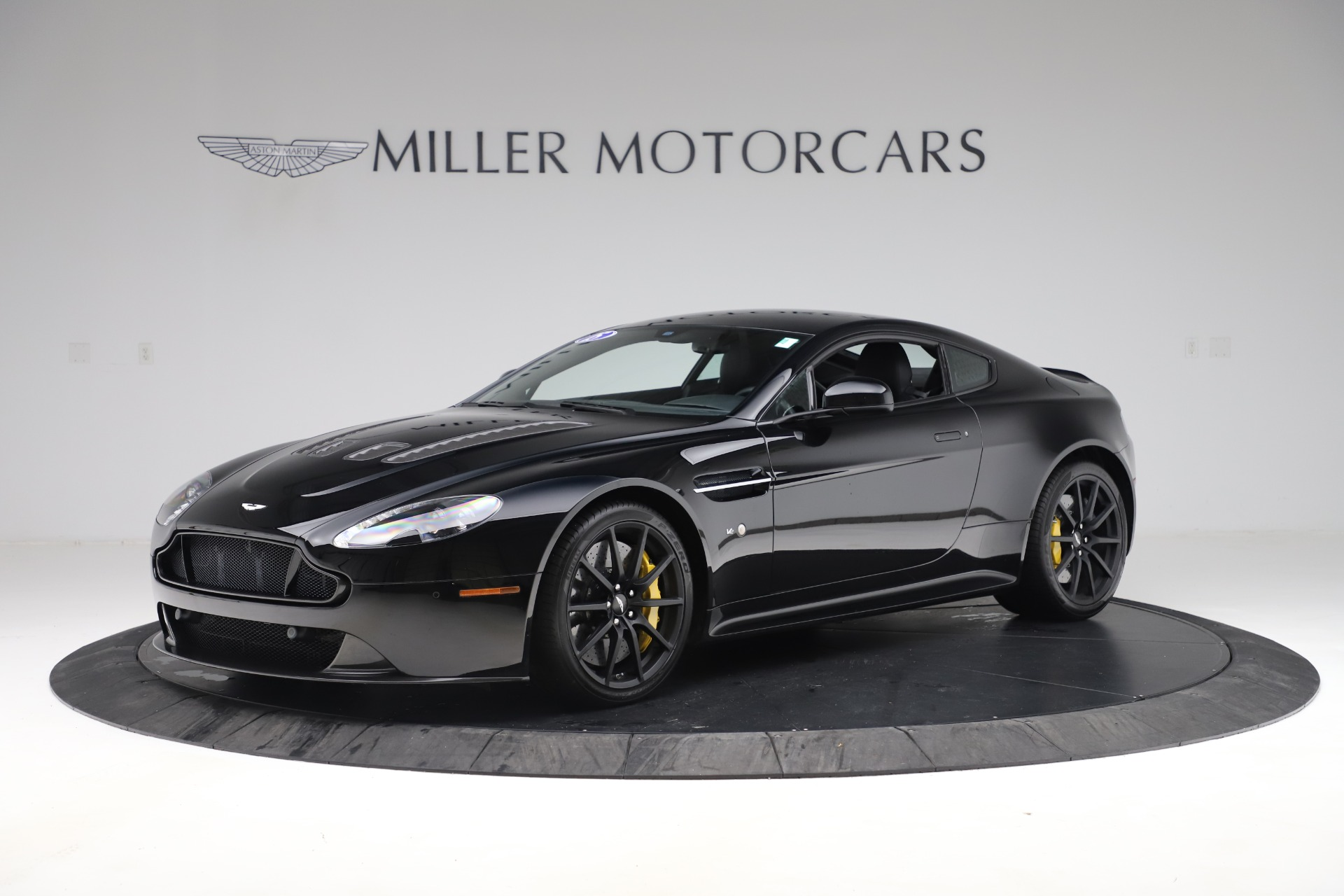 Used 2015 Aston Martin V12 Vantage S Coupe For Sale In Greenwich, CT 3513_main