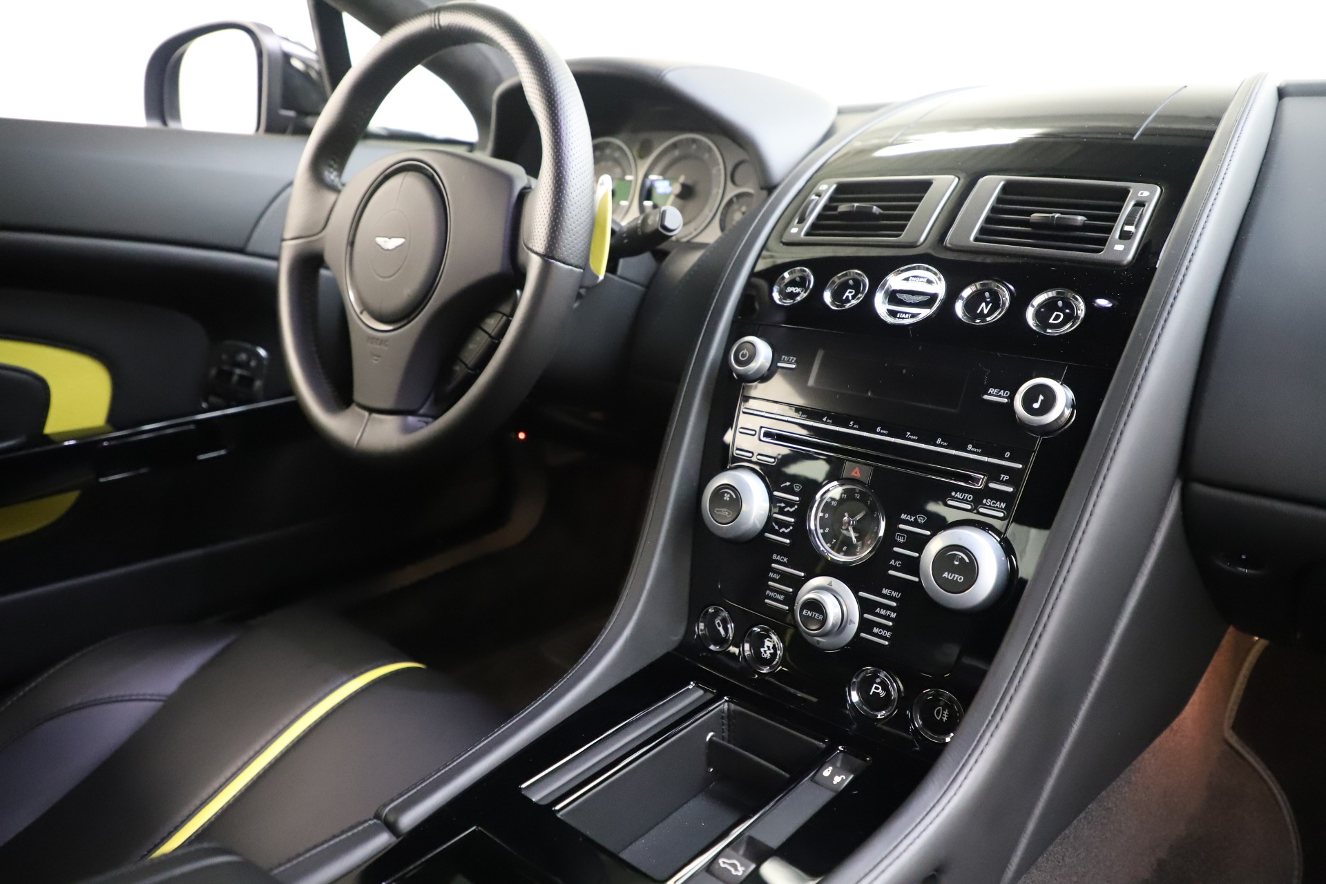 Used 2015 Aston Martin V12 Vantage S Coupe For Sale In Greenwich, CT 3513_p15