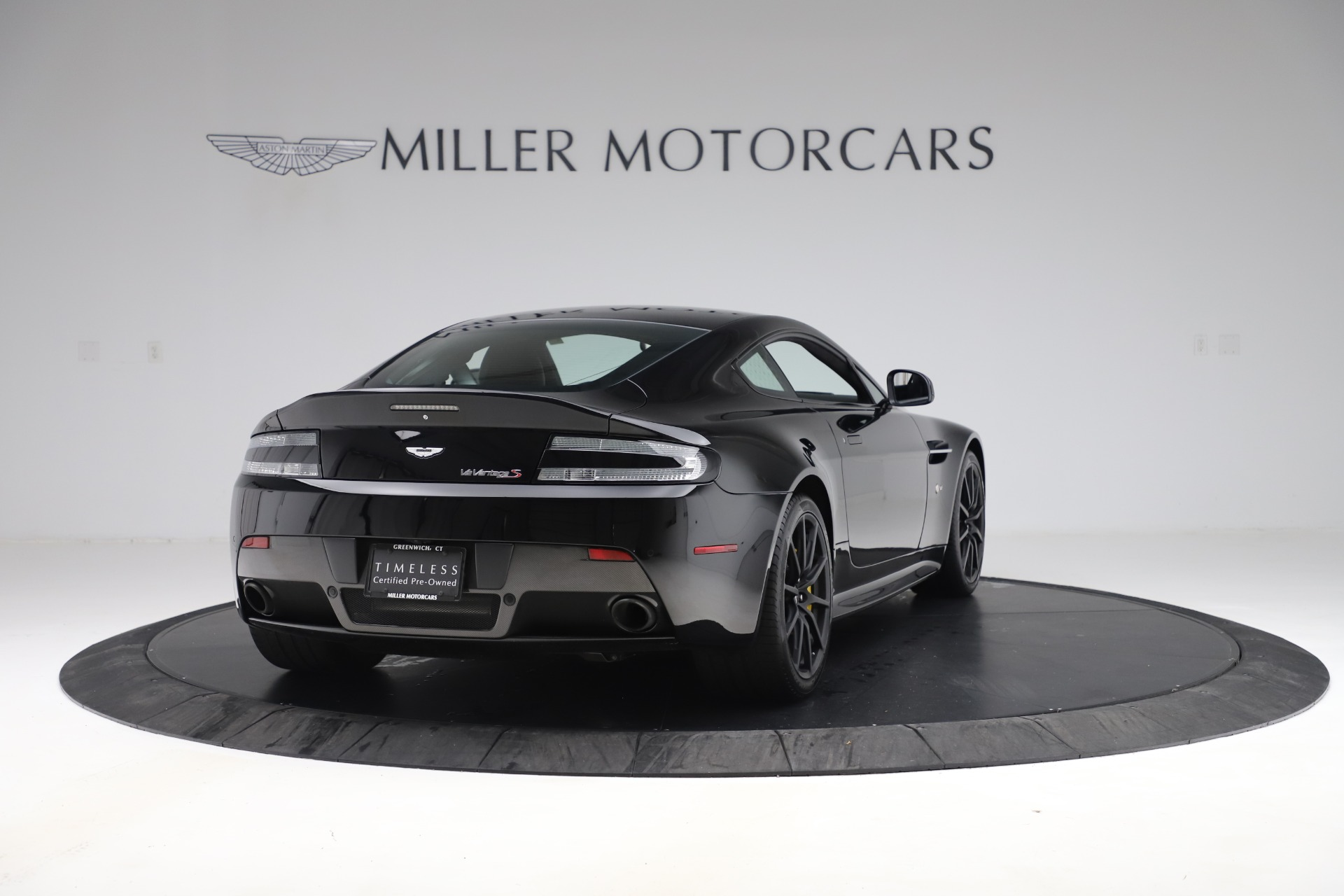 Used 2015 Aston Martin V12 Vantage S Coupe For Sale In Greenwich, CT 3513_p7