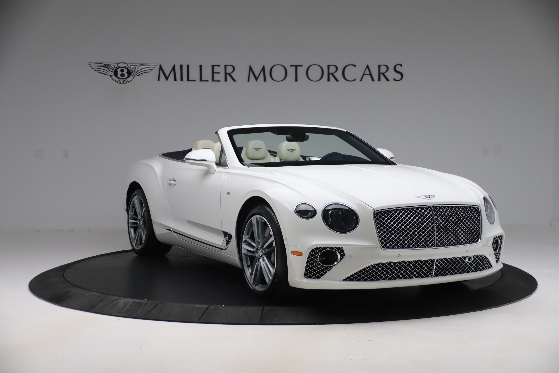 New 2020 Bentley Continental GTC V8 For Sale In Greenwich, CT 3516_p10