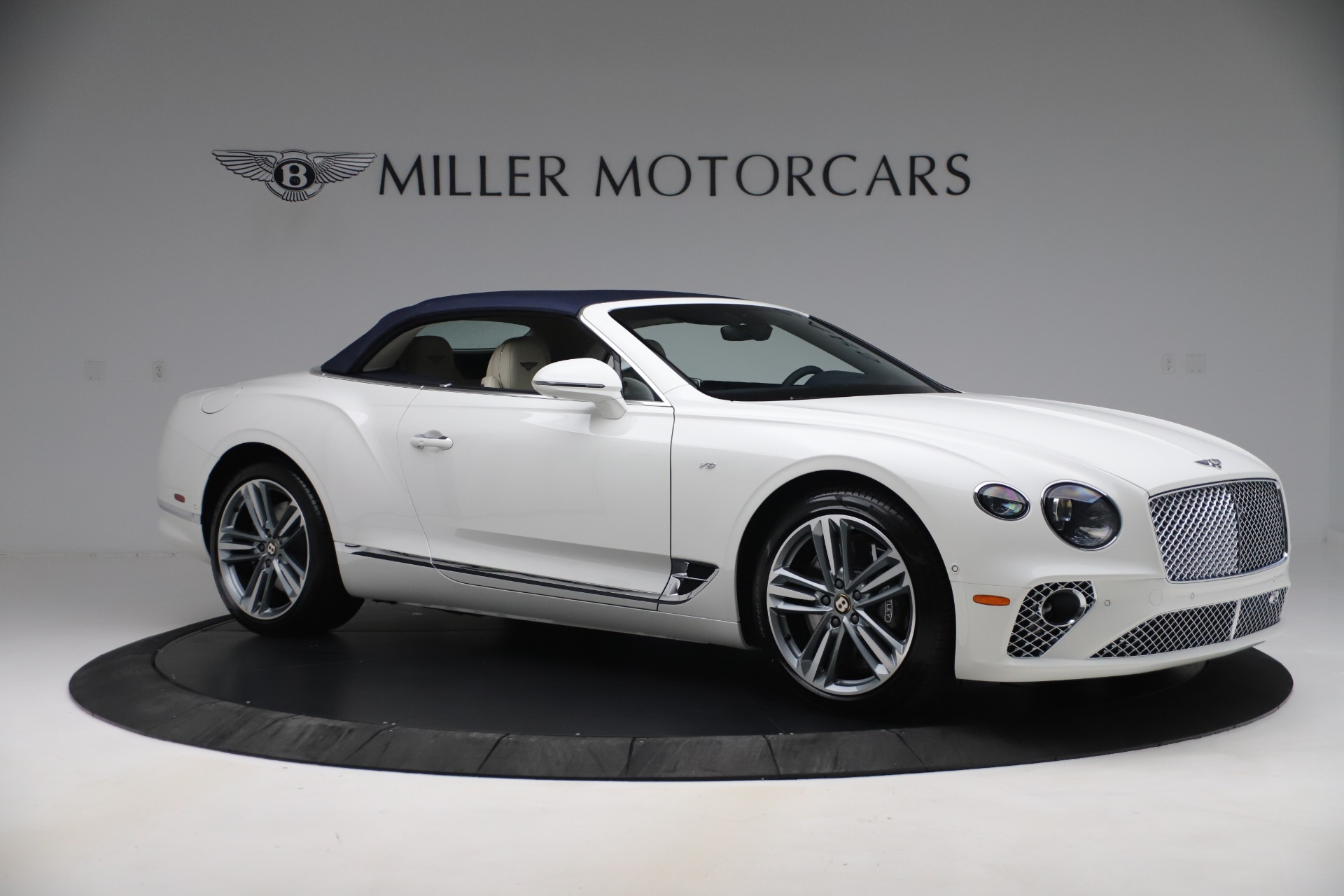 New 2020 Bentley Continental GTC V8 For Sale In Greenwich, CT 3516_p17