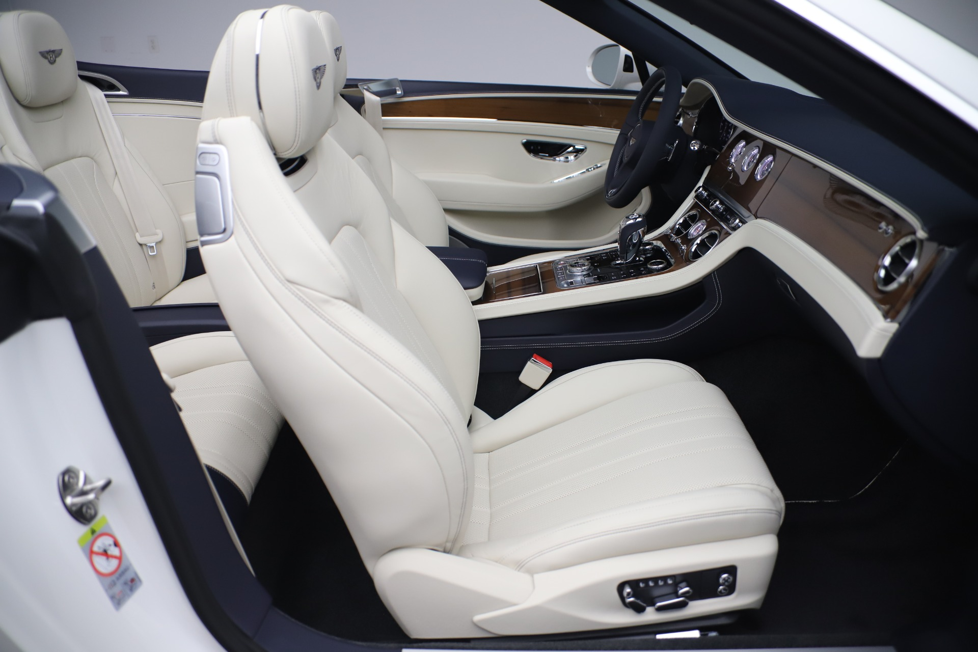 New 2020 Bentley Continental GTC V8 For Sale In Greenwich, CT 3516_p32