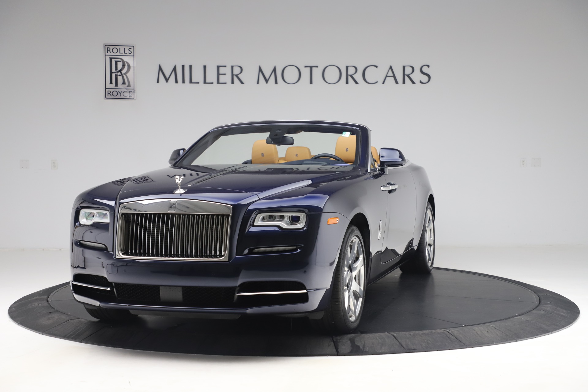 Used 2017 Rolls-Royce Dawn  For Sale In Greenwich, CT