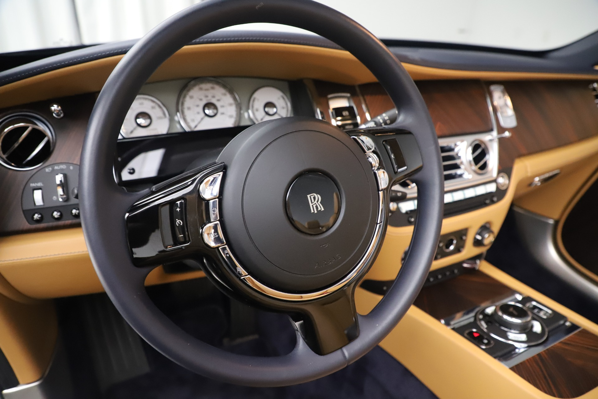 Used 2017 Rolls-Royce Dawn  For Sale In Greenwich, CT 3519_p23