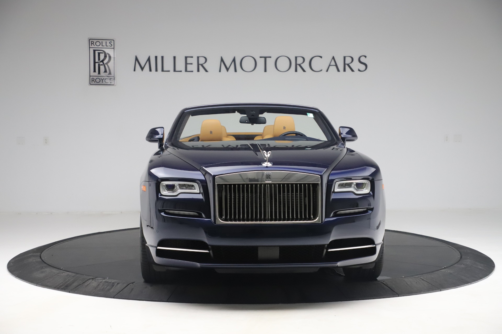 Used 2017 Rolls-Royce Dawn  For Sale In Greenwich, CT 3519_p2