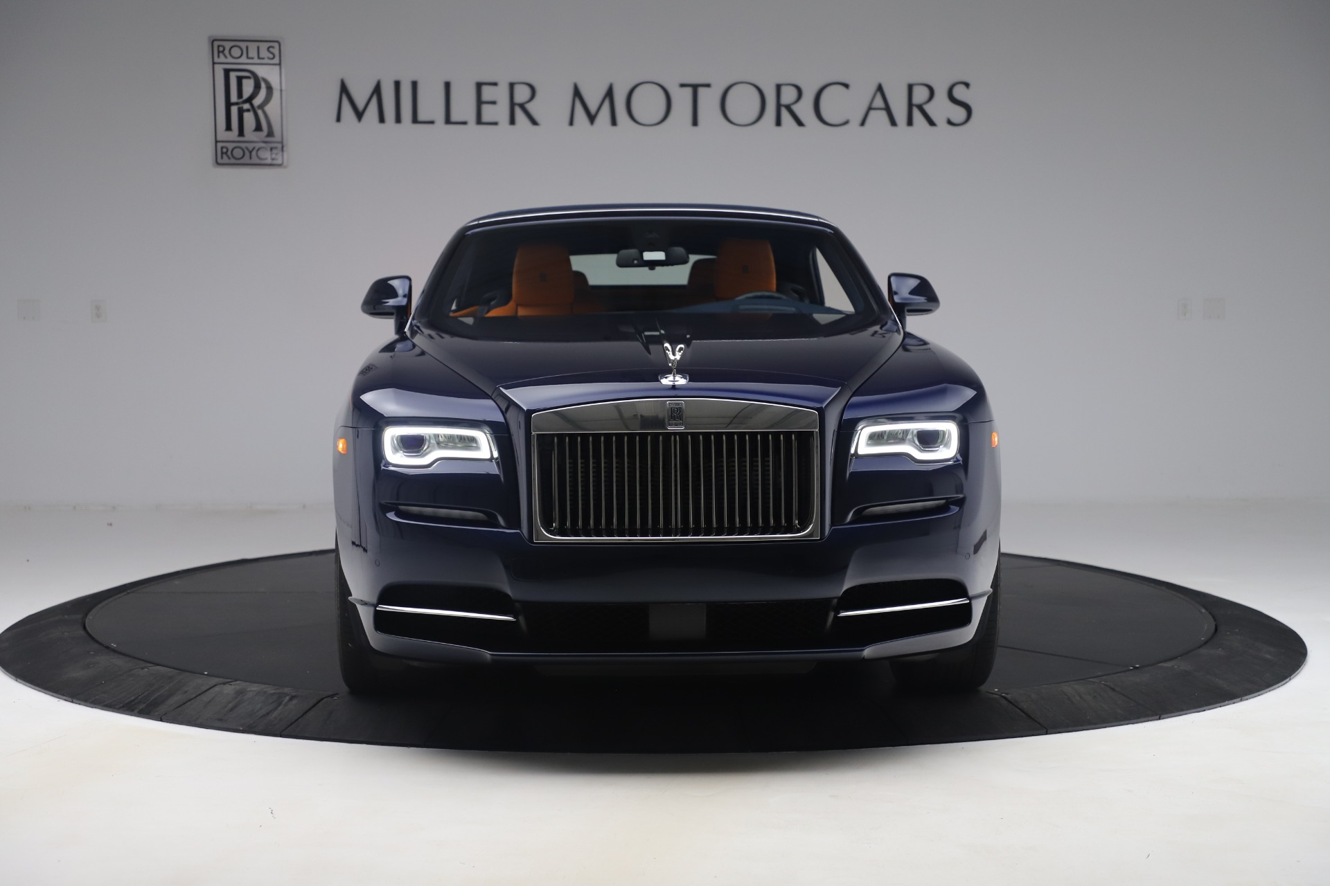 Used 2017 Rolls-Royce Dawn  For Sale In Greenwich, CT 3520_p10