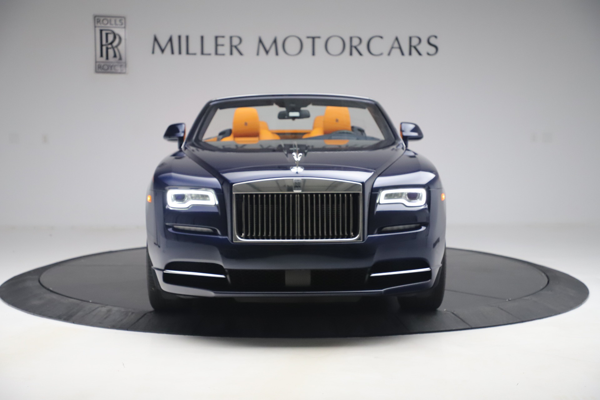 Used 2017 Rolls-Royce Dawn  For Sale In Greenwich, CT 3520_p2