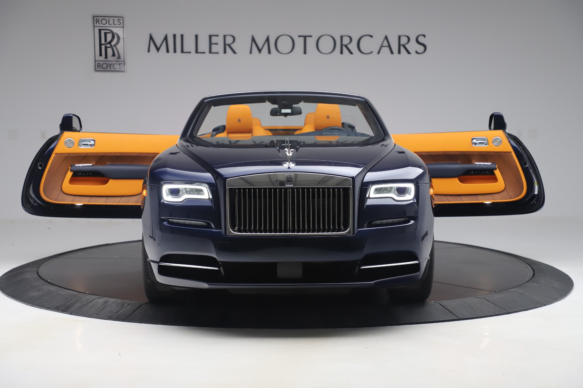 Used 2017 Rolls-Royce Dawn  For Sale In Greenwich, CT 3520_p39