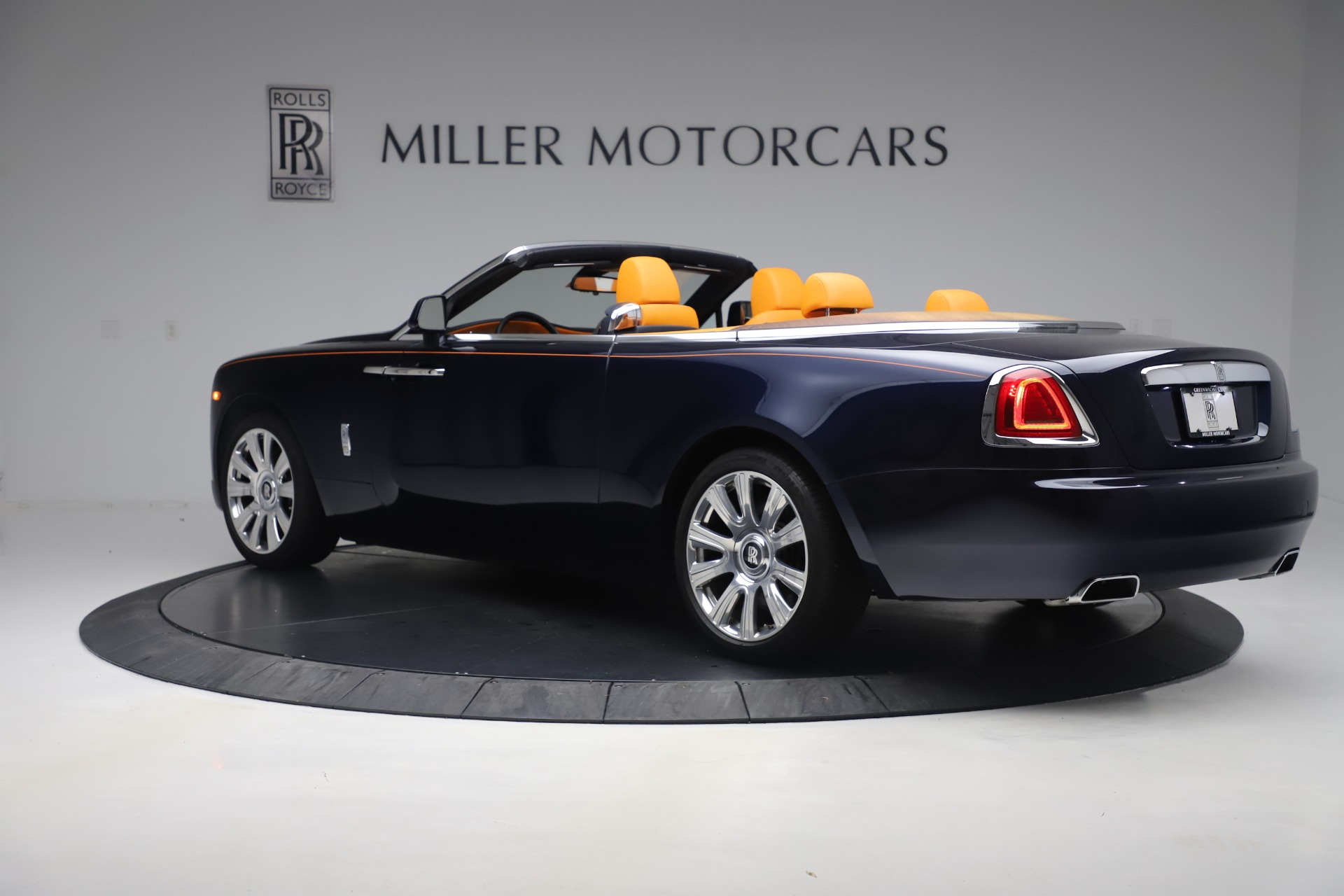 Used 2017 Rolls-Royce Dawn  For Sale In Greenwich, CT 3520_p4