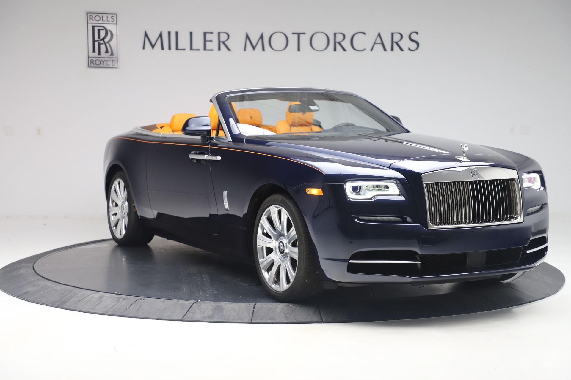 Used 2017 Rolls-Royce Dawn  For Sale In Greenwich, CT 3520_p8