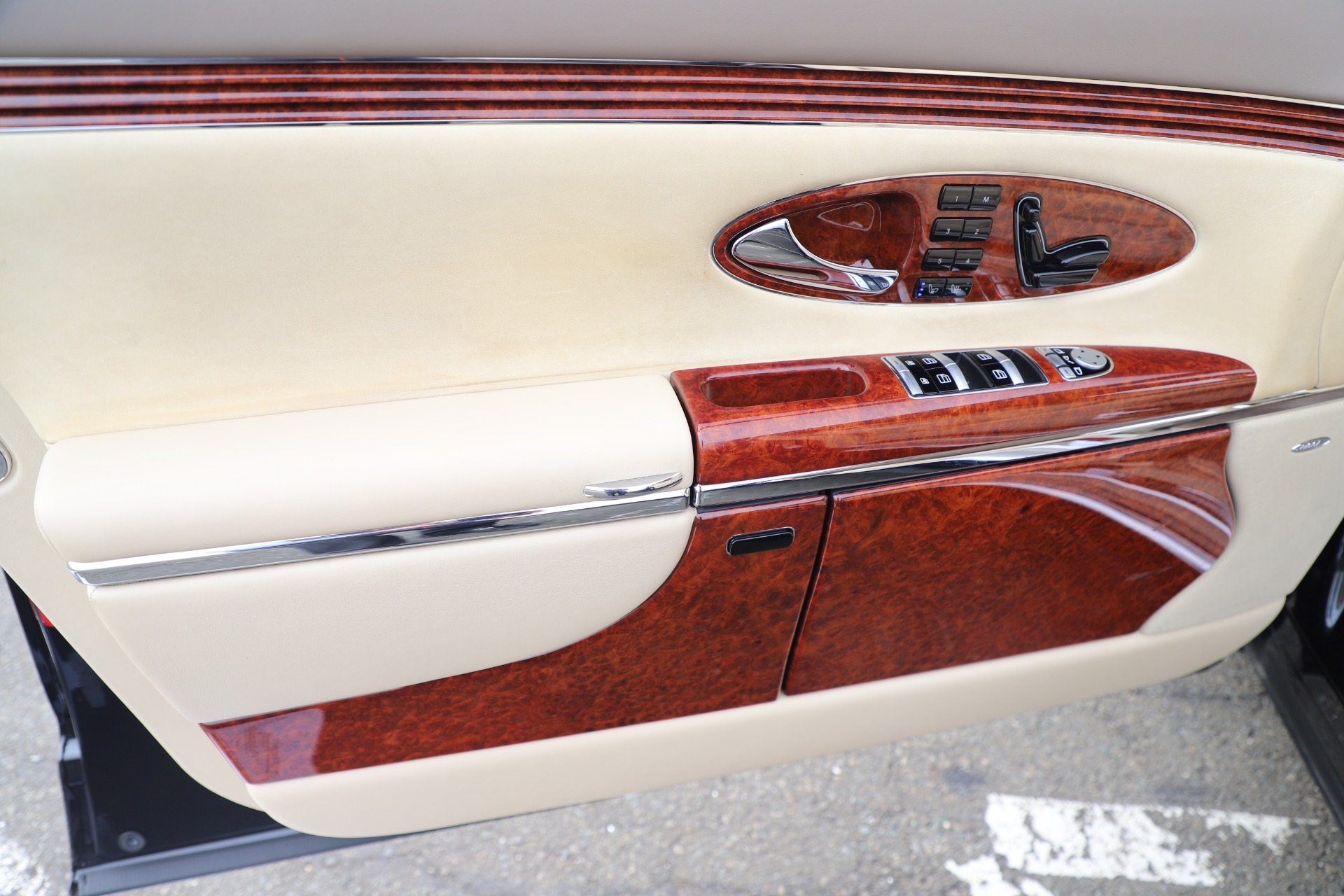 Used 2009 Maybach 62  For Sale In Greenwich, CT 3521_p17